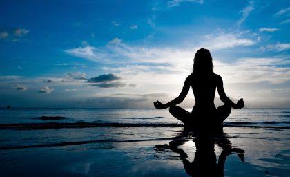 La salute attraverso lo Yoga – Corso pratico di meditazione